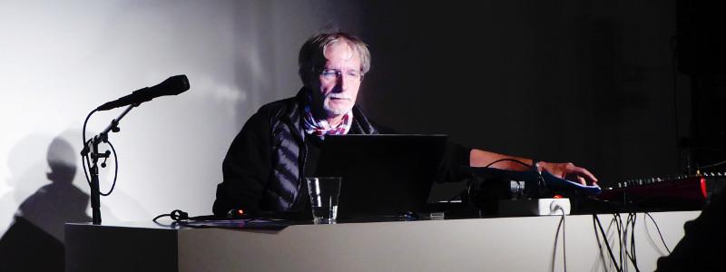 Gerd während des Auftritts 12.Dez.2105
