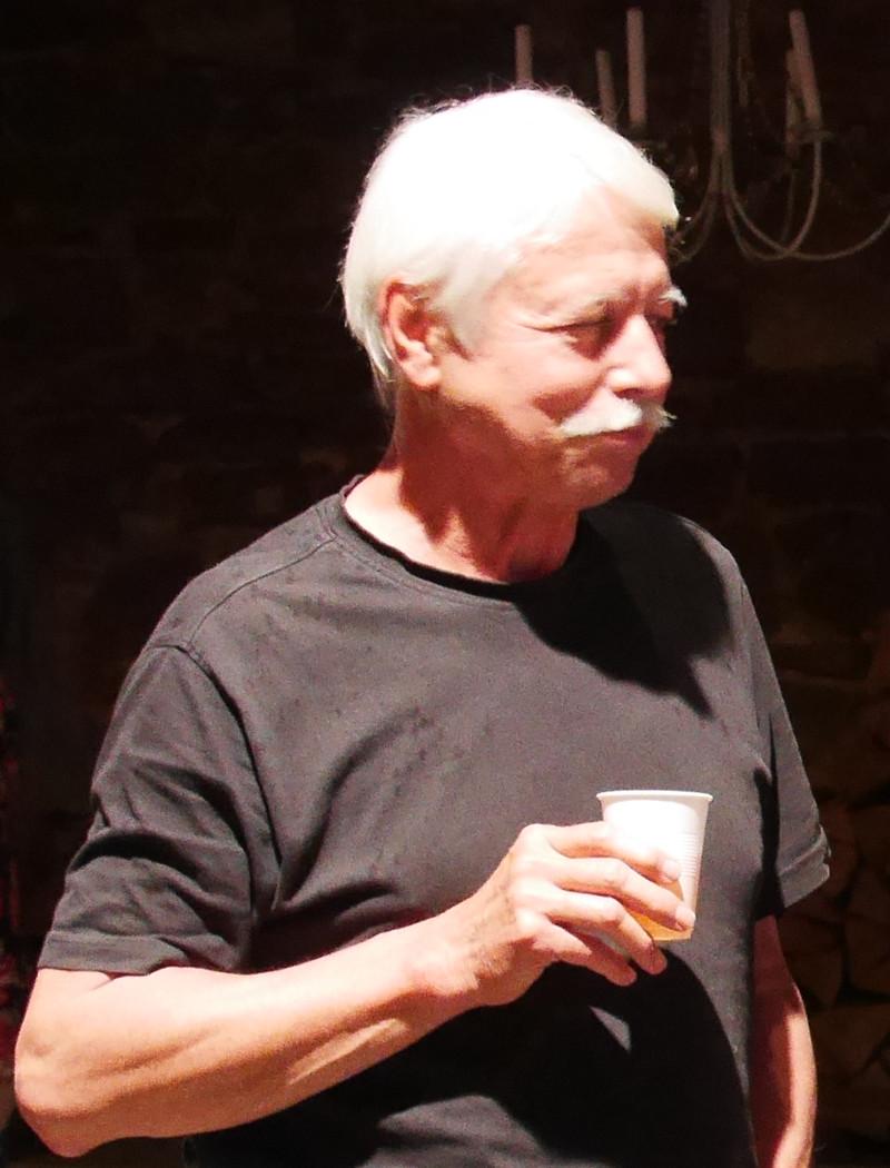 Kurt Schneider, der zusammen mit Lisa Schneider die Scheune zur Verfügung gestellt hat.